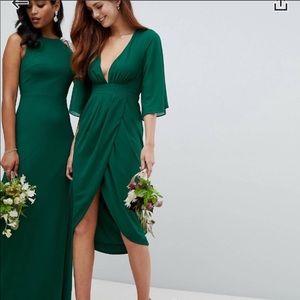 Beautiful green misguided kimono sleeve dress